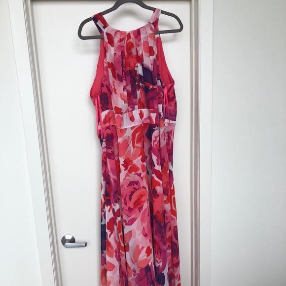 0395ad43b7d Eliza J Dresses   Skirts - Eliza J Floral Print Halter Maxi Dress size 18w